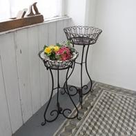 197x197kovovy-stolek-na-kvetiny-2ks