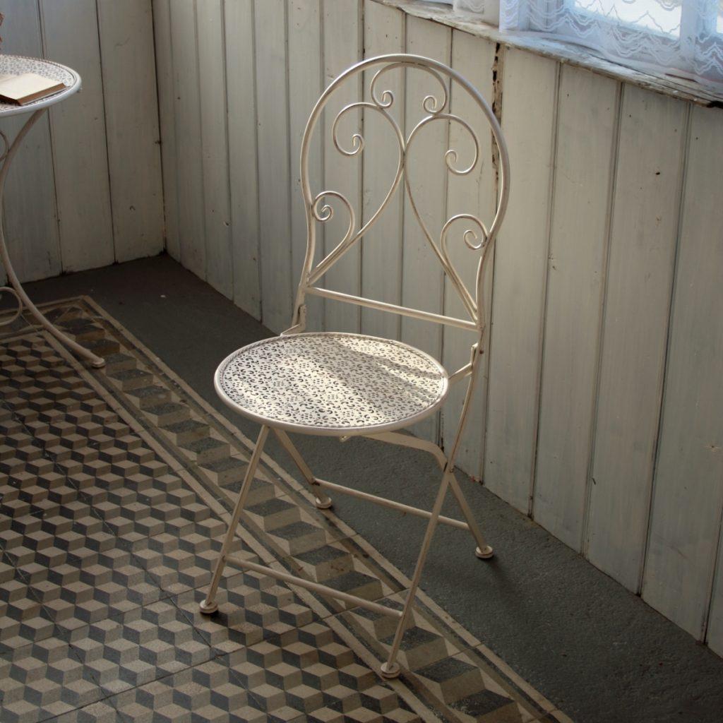 Balkónová židle