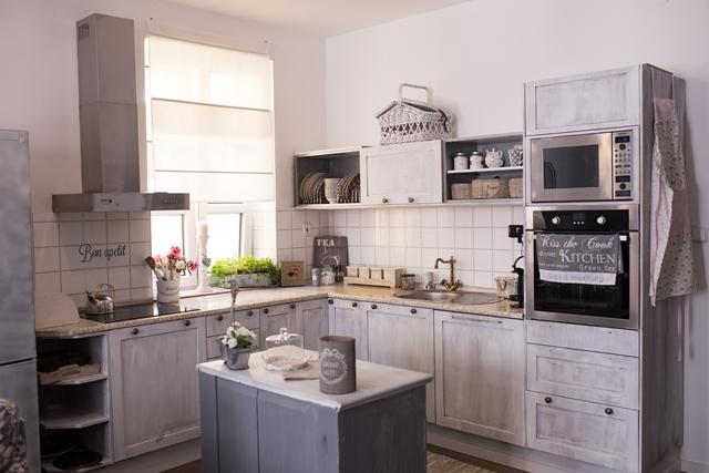 kuchyně s patinou