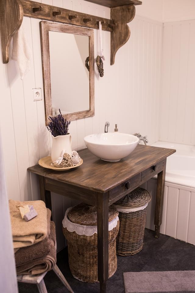 koupelna ve venkovském stylu