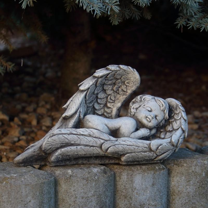 Hřbitovní dekorace