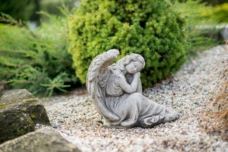 Dušičková dekorace na hrob
