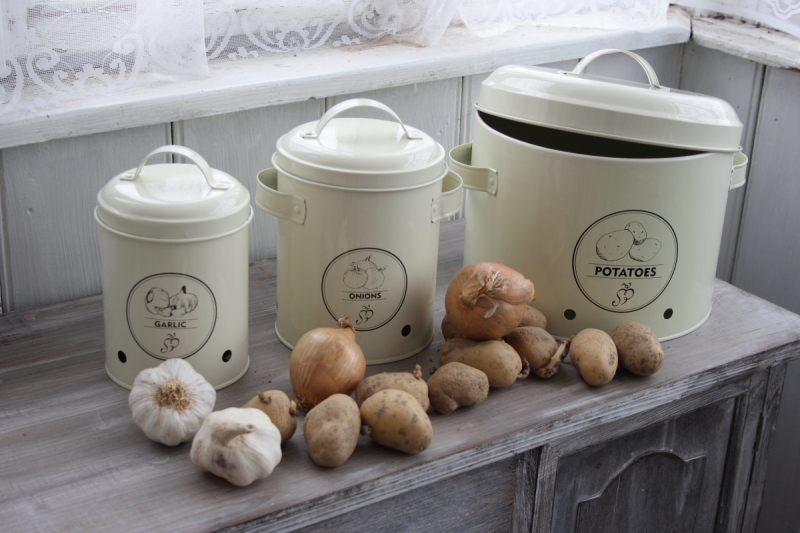 doza-na-brambory-6-3l-three