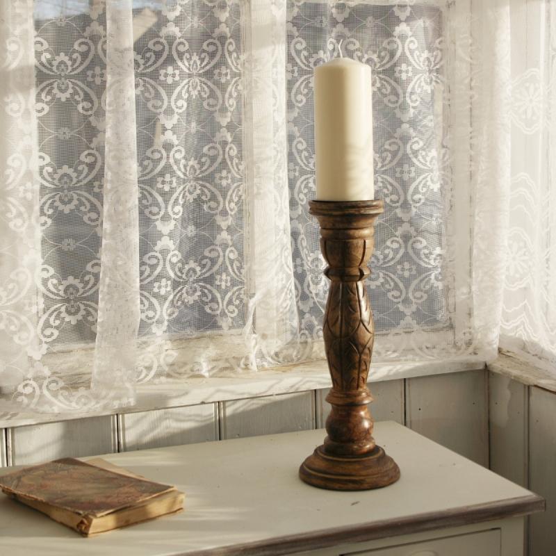 dreveny-rucne-vyrezavany-svicen-s-patinou-38-cm-three