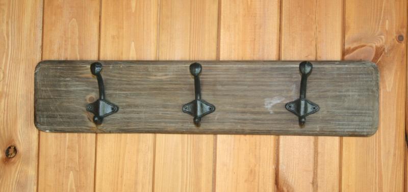 dreveny-vesak-se-tremi-hacky-50cm-two