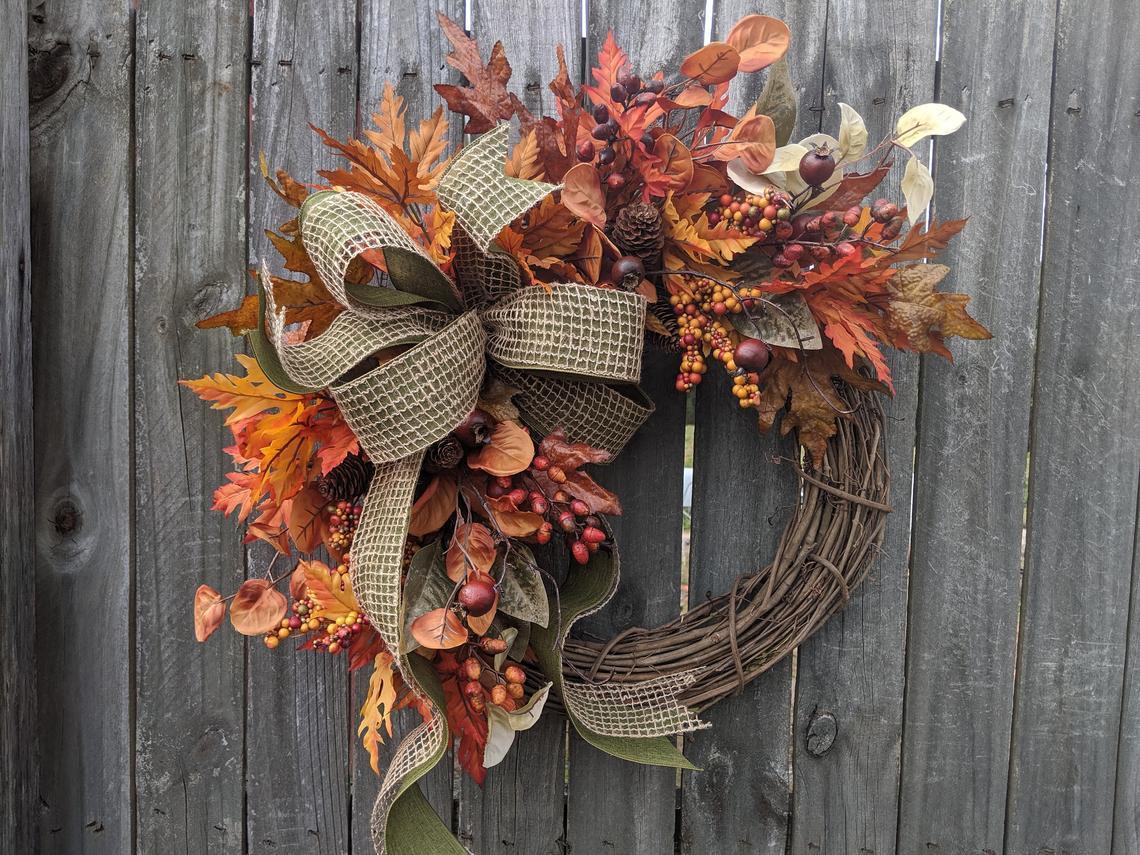 podzimní dekorace z přírodnin