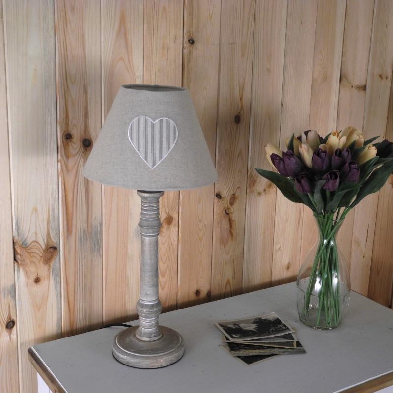 klobouk-na-lampu-pruhovane-srdce-15cm