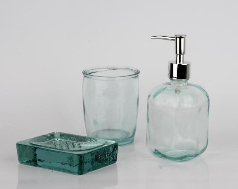 Dávkovač na mýdlo + sada do koupelny