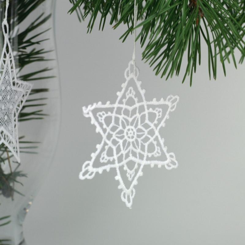 háčkované vánoční ozdoby na stromeček