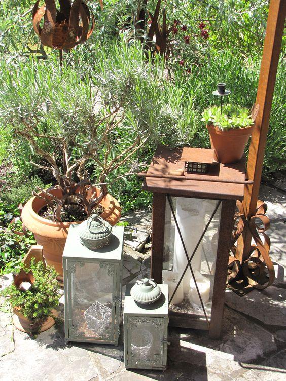 zahradní lucerny