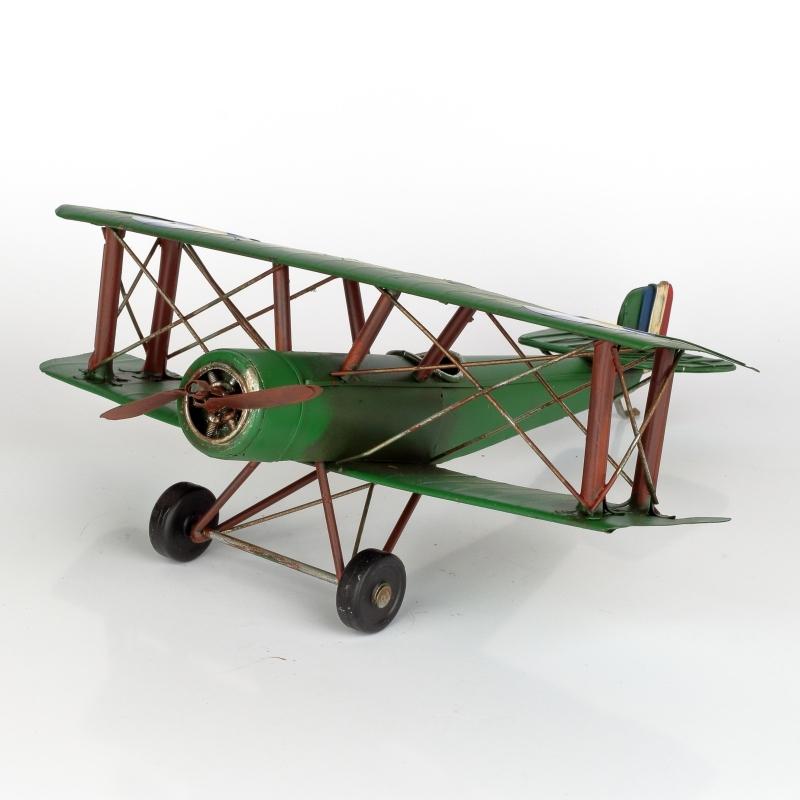 Kovový model letadla zelený
