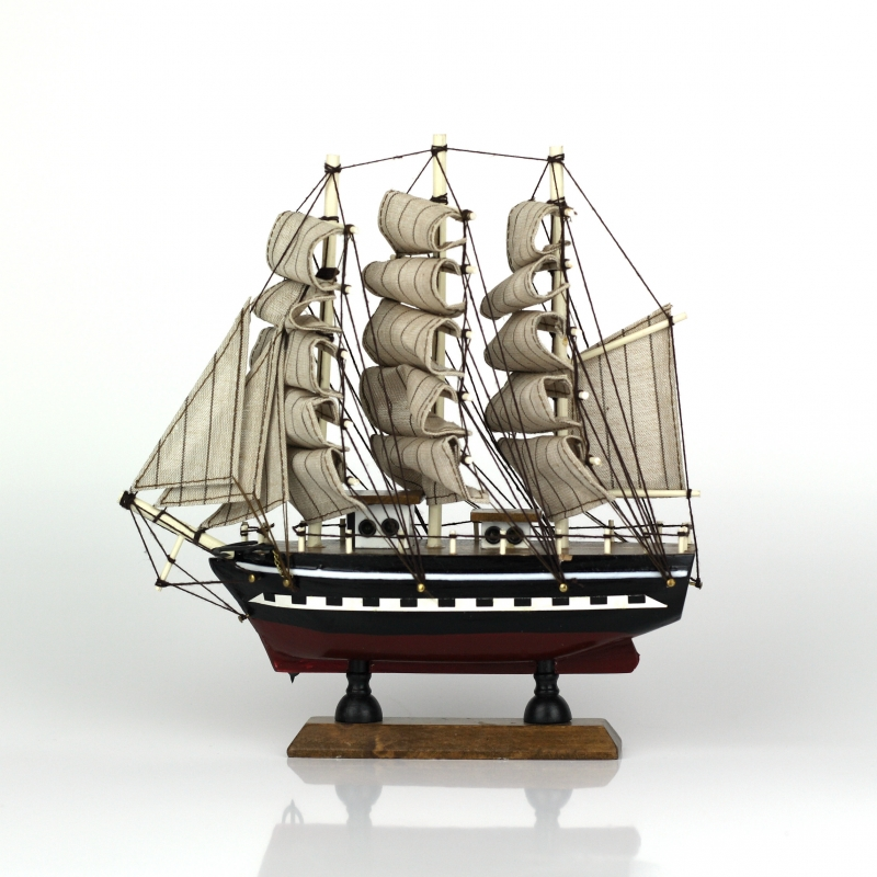 model-namorni-lo-brigantine-23cm