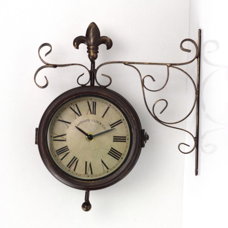 Venkovní nástěnné hodiny