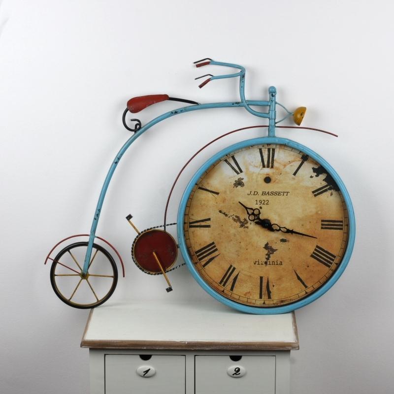 nástěnné hodiny kolo