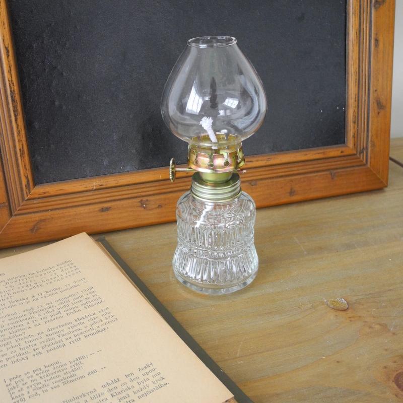 petrolejova-lampa-cire-sklo-14-3x6x5-6-cm