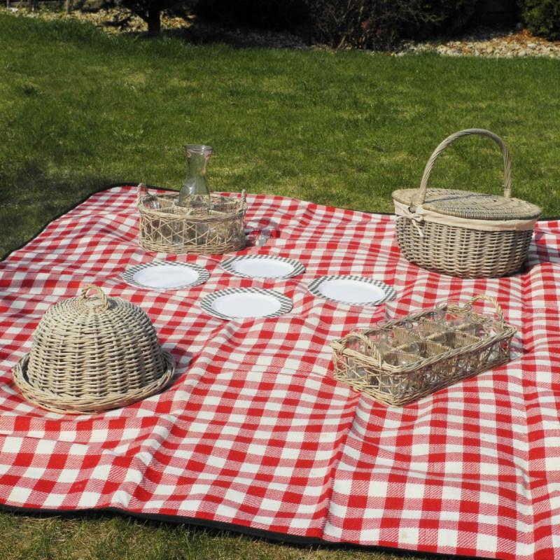 na piknik