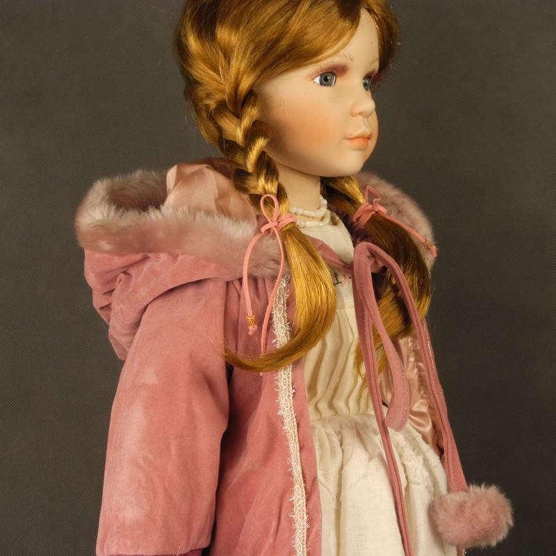 porcelánová bábika Leona