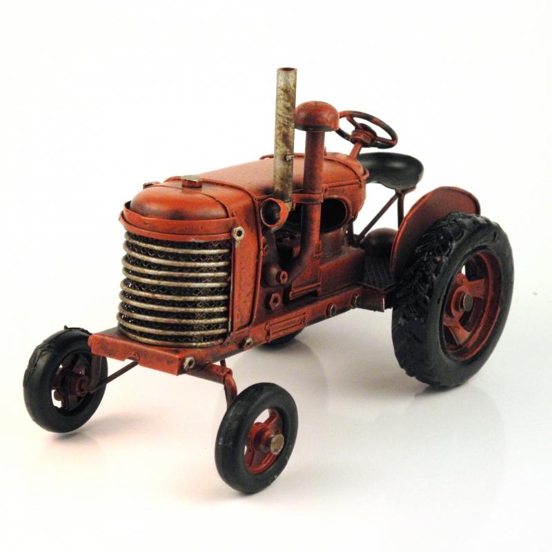 Model traktoru sběratelský
