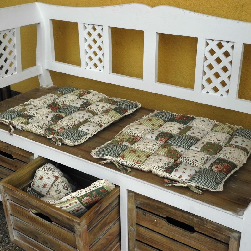 sedak-na-zidli-patchwork-40x40cm-four