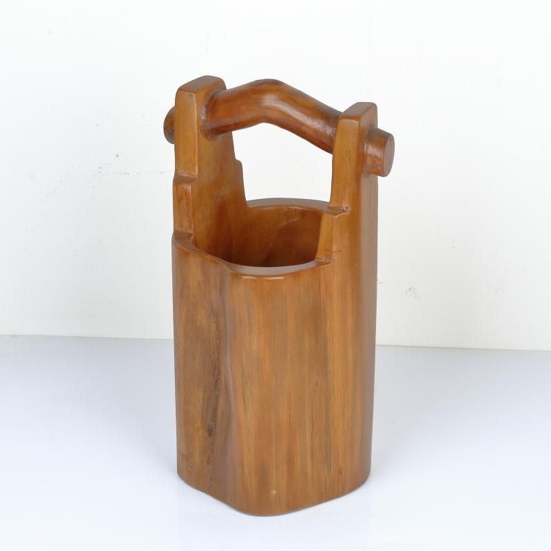 teakové dřevo