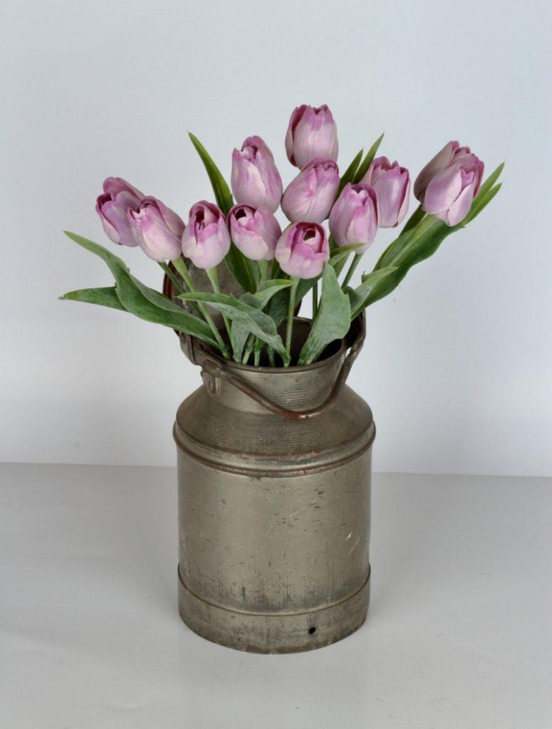 Umělé tulipány