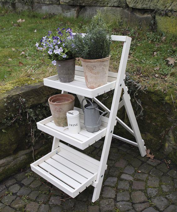 zahradní nábytek stojan na květiny