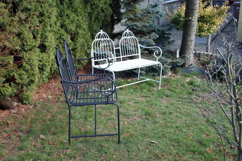 Zahradní lavice kovové