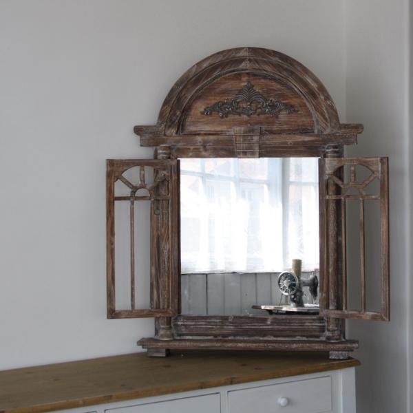 zrcadlo_s_okenicemi_dek4630-1